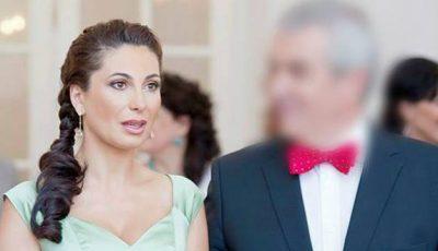 Politicianul care va avea al treilea copil cu a cincea nevastă