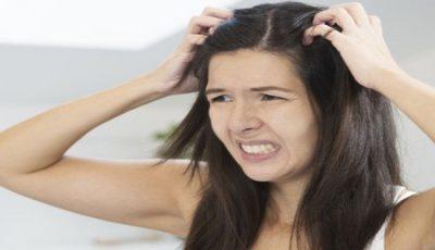 Cum să scapi de mătreaţă dacă ai părul închis la culoare