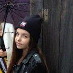 Foto: Dianna Rotaru, în ploaie, lângă o sârmă ghimpată. Ce face vedeta