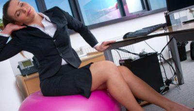 8 exerciții pe care să le faci la birou!