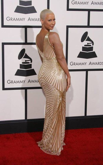 amber-rose-rochie-aurie