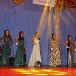 """Foto: 11 mii de euro pentru câștigătoarele concursului """"Miss Regina Vinului"""""""