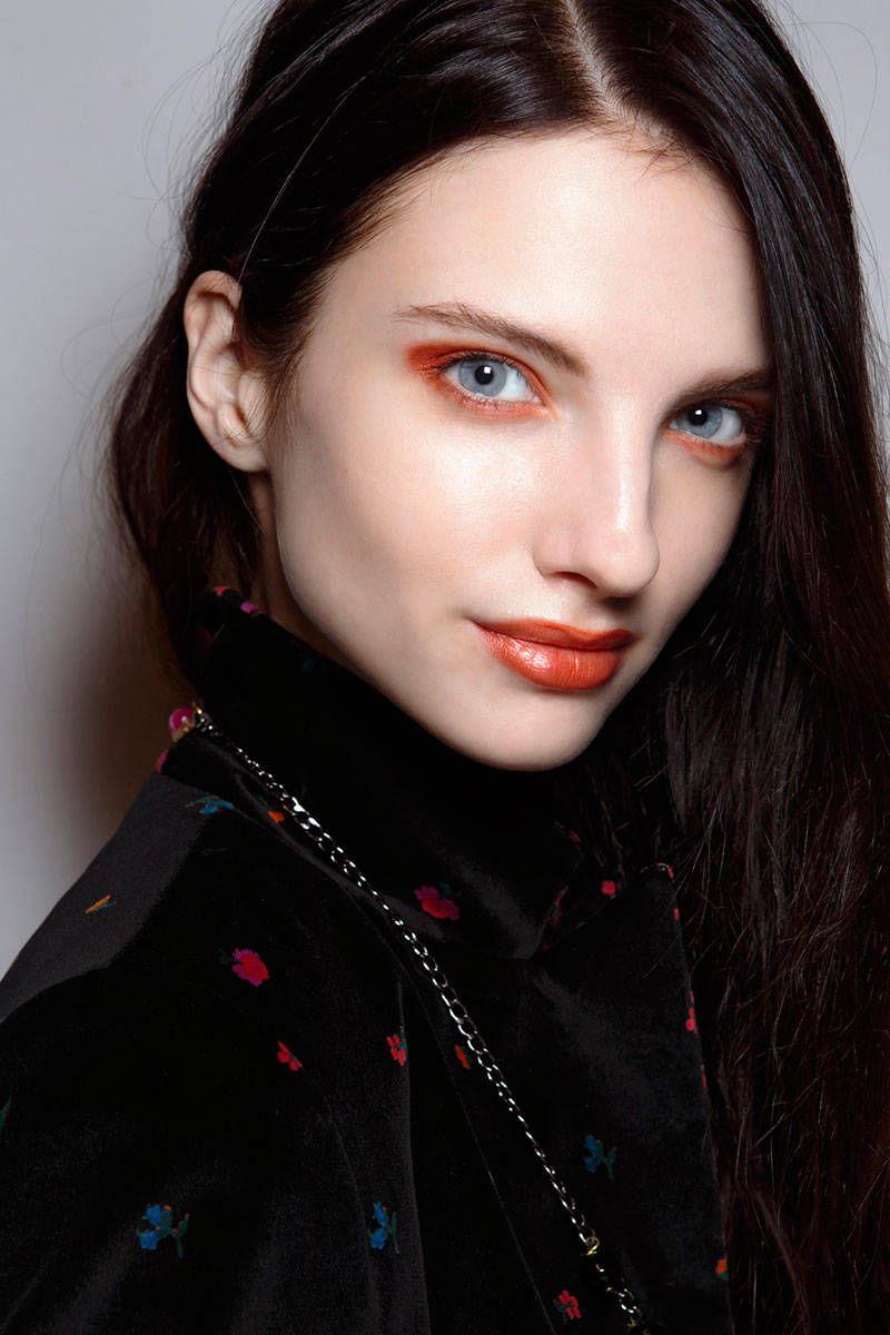 hbz-halloween-makeup-Kristina-T-bbt-F14-015-46537874-lg