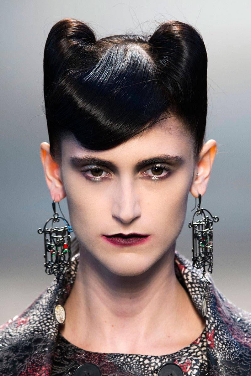 hbz-halloween-makeup-Marras-bty-F14-001-5852371-lg