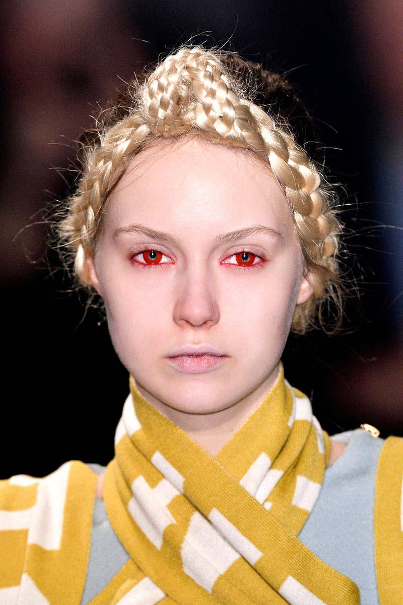 hbz-halloween-makeup-Undercover-bty-F14-007-25092065-lg