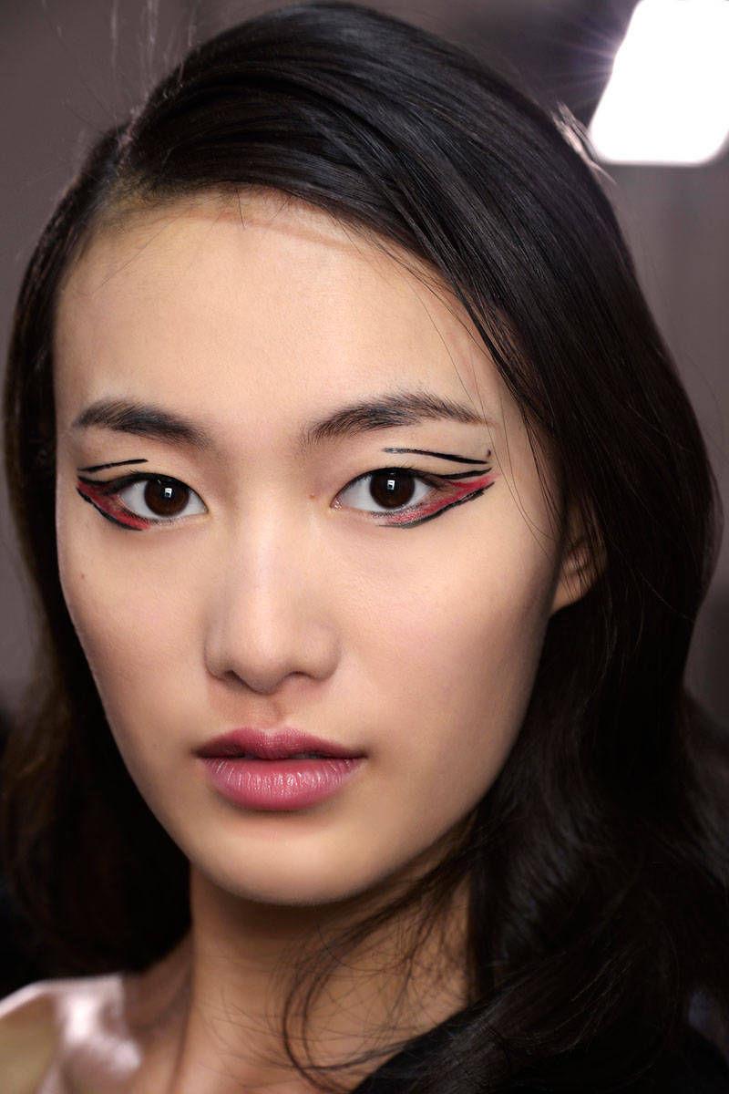 hbz-halloween-makeup-Vaccarello-bbt-F14-011-83500112-lg