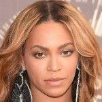 Foto: Beyonce și-a făcut breton scurt. Arată oribil