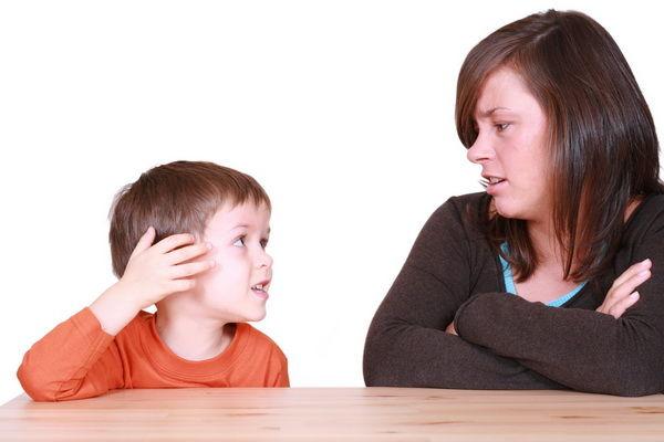 mama-copil-discutie