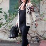 rachel-bilson-black-maxi-vans-checkerd-sneakers-2