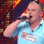 Foto: Un moldovean a venit la X Factor cu o bucățică de mămăligă!