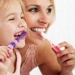 Foto: Cum să îţi alegi corect o periuţă de dinţi