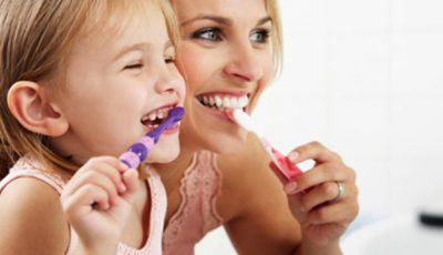 Cum să îţi alegi corect o periuţă de dinţi