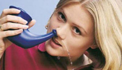 Cum să-ţi cureţi sinusurile în mai puţin de un minut