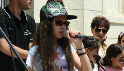 Cleopatra Stratan revine în muzică
