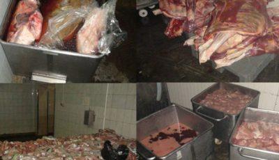 O întreprindere din Capitală fabrica mezeluri din carne expirată