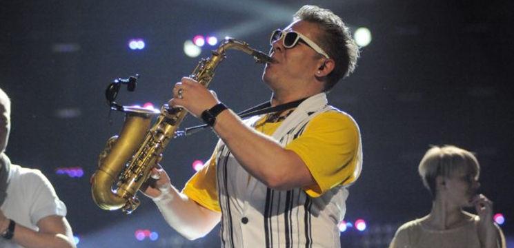 Foto: Saxofonistul de la Sun Stroke Project a devenit tată