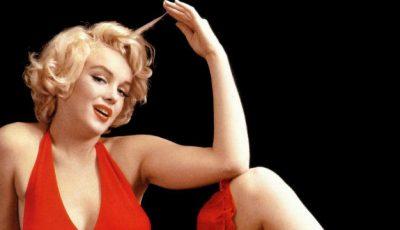 Poze de colecție! Marilyn Monroe, cu o lună înainte de moarte