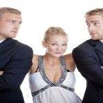 Femeile care au prieteni bărbaţi fac mai mult sex cu partenerii lor