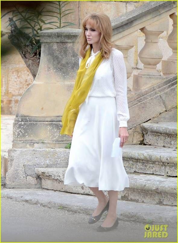 angelina-jolie-blonda (1)