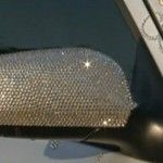 Foto: Pe străzile din Chișinău a mai apărut o mașină încrustată cu cristale