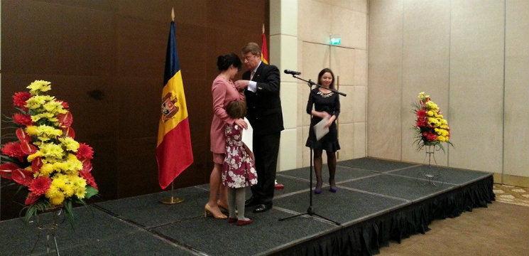 Foto: Ce distincție a primit Silvia Radu de la Regele Spaniei!