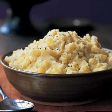 piure-de-cartofi-cu-usturoi-si-rozmarin_size5