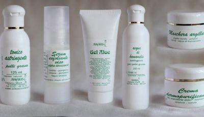 Produse cosmetice naturale antiacnee pentru ten sensibil