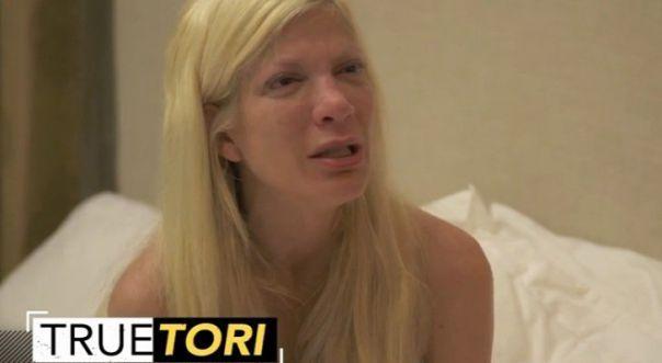 tori-spelling6