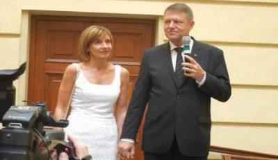 Detalii neștiute despre Klaus Iohannis! Îi place grădinăritul şi întotdeauna a visat să aibă copii