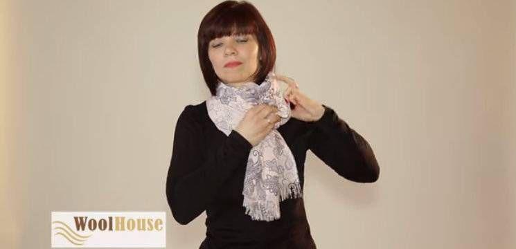 Foto: Cum să-ți aranjezi eșarfa într-un mod inedit!