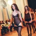 "Foto: Lenjerie erotică made in Moldova. Poze de la ""Art&Fashion Show: Sentimente"""
