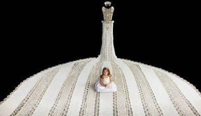 Cea mai lungă rochie de mireasă din mărgele din lume