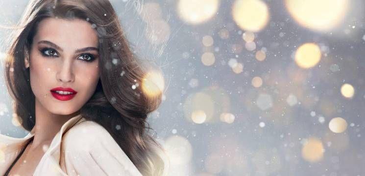 """Foto: """"La mulți ani"""" amantelor lăsate singure de Crăciun"""