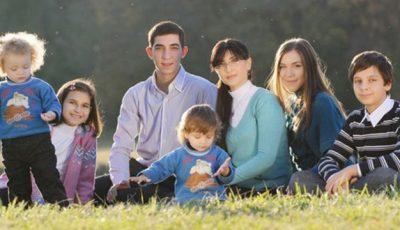 Motiv de sărbătoare în familia Georgetei Voinovan