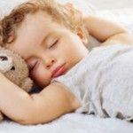 Foto: Alimentul minune care ajută copilul să adoarmă mai repede