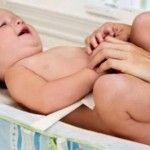 Foto: Şerveţelele umede pentru copii pot fi contaminate cu bacterii!