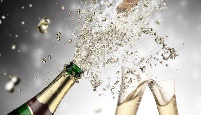 Cum puteţi folosi şampania rămasă de la Revelion?