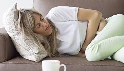Care sunt simptomele unei crize biliare