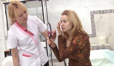 O tânără și-a schimbat rutina de frumusețe după o vizită la cosmetolog! Motivul este șocant