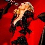Foto: Lovitură grea pentru Madonna!  Fanii îi țin pumnii!