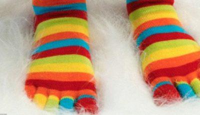 Frigul la picioare creşte riscul de a te îmbolnăvi de răceală sau gripă!