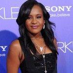 Foto: Fiica lui Whitney Houston a fost decuplată de la aparatele care o țineau în viaţă
