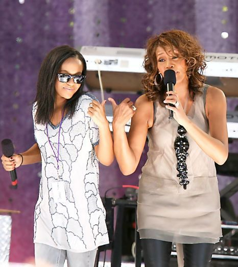 bobbi-kristina-houston-10012010
