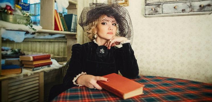 """Foto: Adriana Ochișanu în rolul Annei Karenina: """"Spre deosebire de mine, ea a luptat dar a pierdut…"""""""