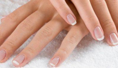 Ai unghii fragile? Prepară-ți un întăritor natural acasă!
