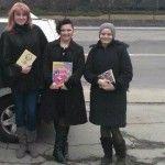 Foto: Geta Burlacu a adunat 200 de cărți. Donează și tu una!