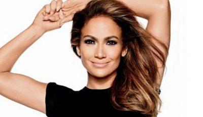 Cum arată corpul lui Jennifer Lopez fără photoshop!