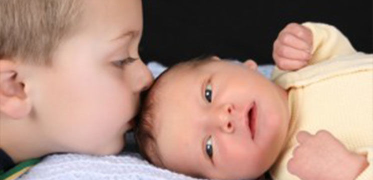 Foto: Povestea copilului născut pentru a-şi salva fratele. Transplantul era unica salvare