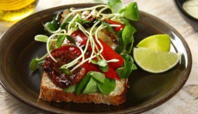 Sandwichuri cu legume la grătar