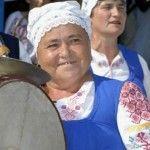 Foto: Cât costă un interviu cu bunica Zdubilor!